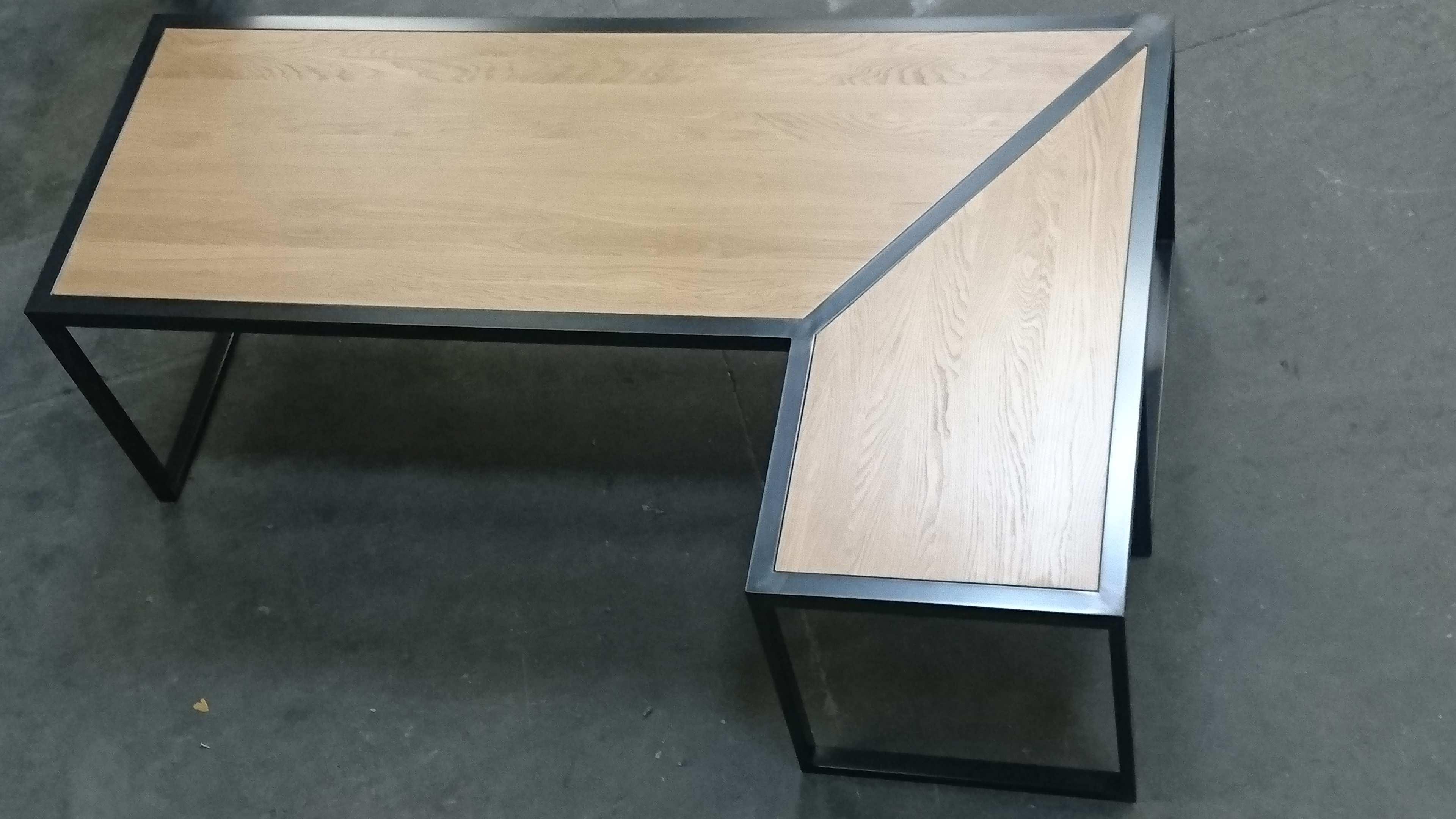 mobilier métallique design