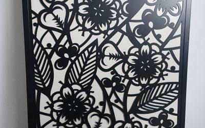 Habiller des portes de placard avec des panneaux décoratifs en métal?